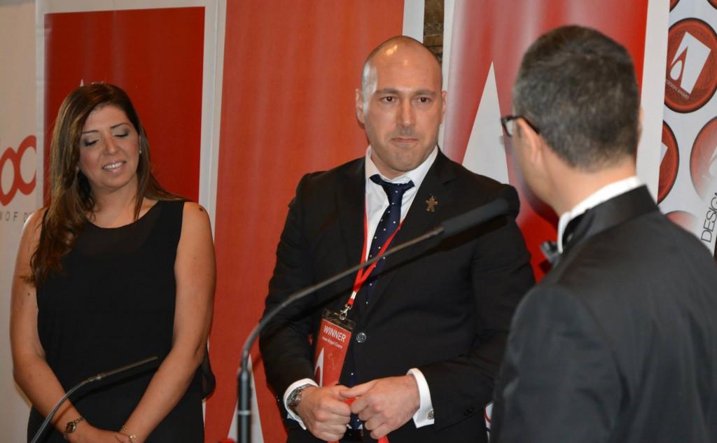 Dalia Sadany y Jose Angel Cicero. Entrega de Premio A DESIGN AWARD en COMO
