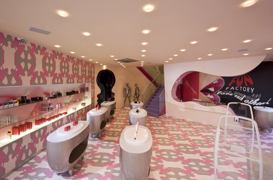 Recursos de diseño .Sexy shop Fun Factory, Karim Rashid