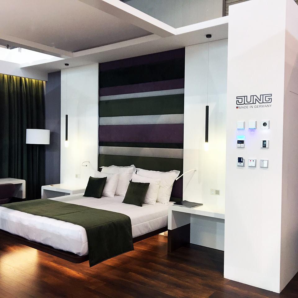jung para hoteles en Hostelco Domotica hoteles JUNG