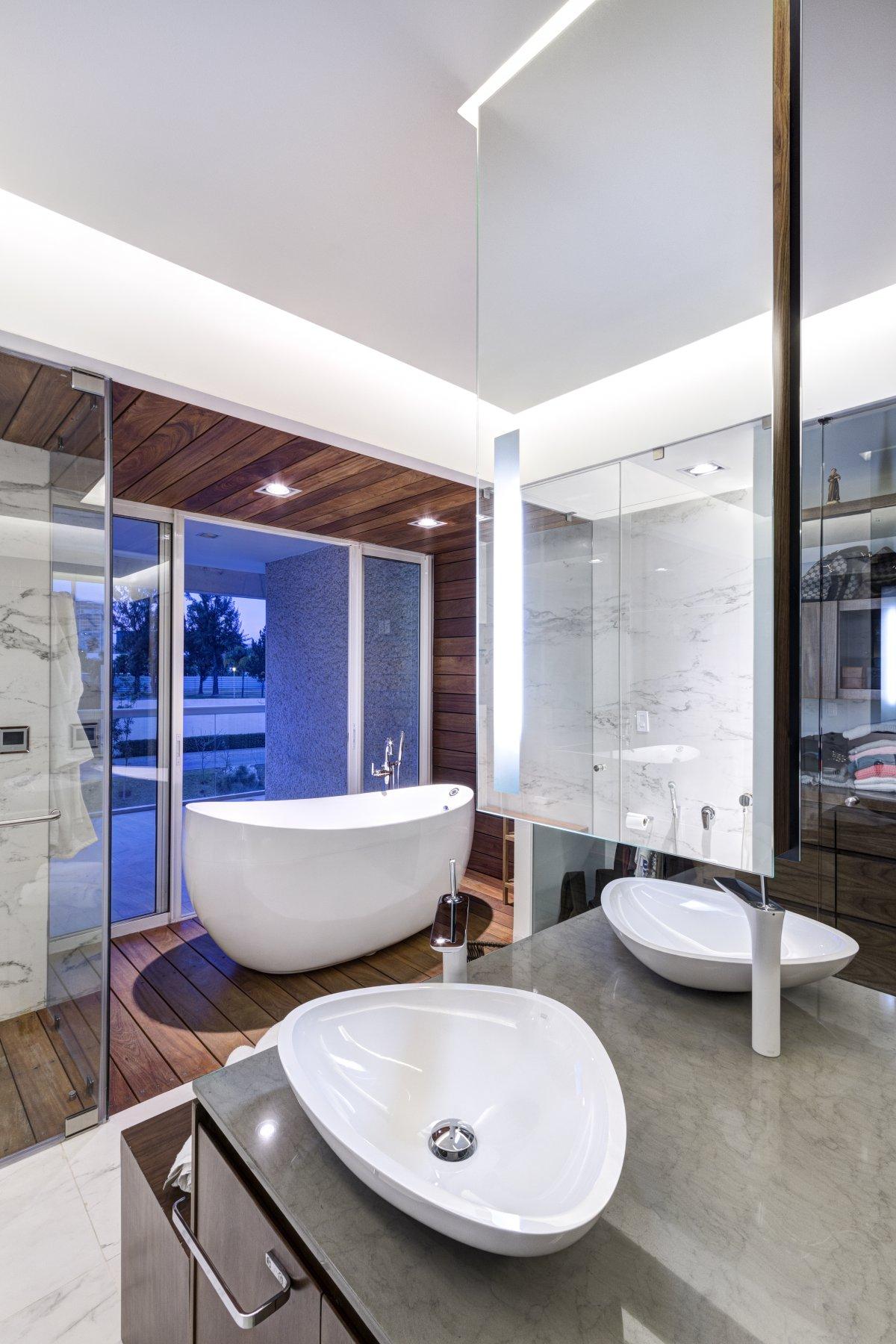 lassala orozco casa lr302 bañera exenta espejo al aire
