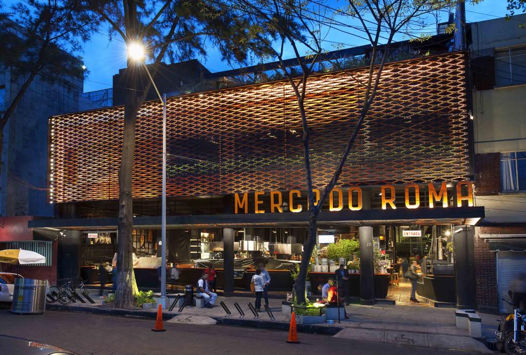 3.- MERCADO ROMA - CADENA + ASOC. Y MICHEL ROJKIND ARQS. premios cidi bienal interiorismo, diseño y paisajismo.