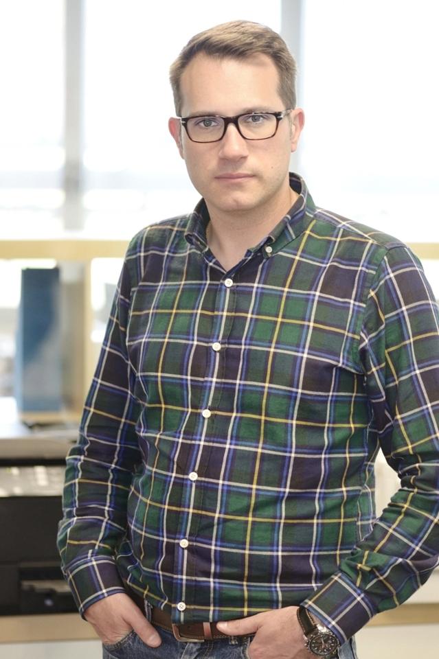 Jonathan Solís Flame Analytics retail Neosystem
