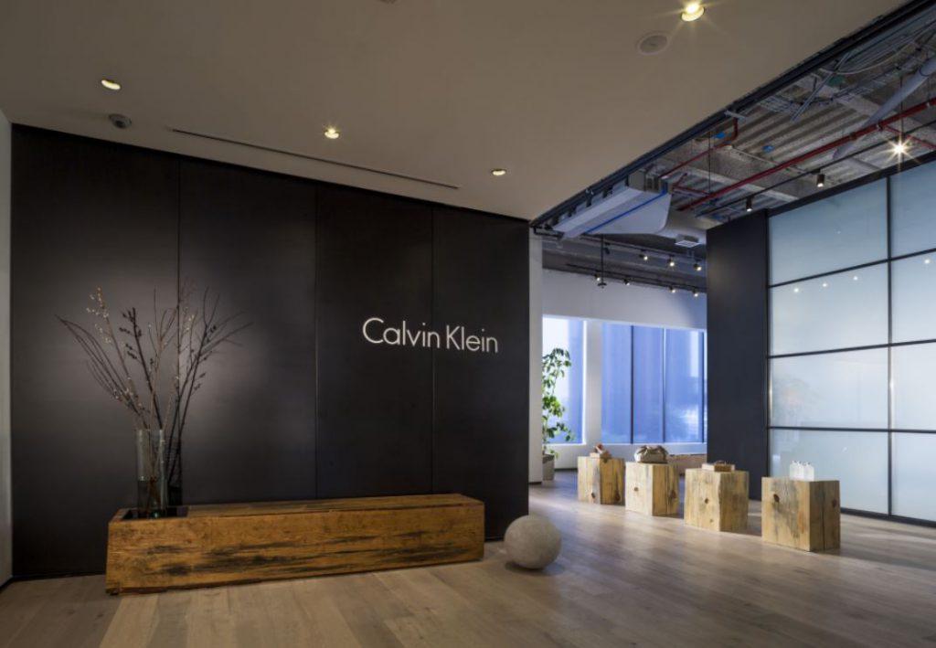 tIPOS DE TIENDAS FÍSICAS. SHOWROOM. Calvin Klein México. Diseño Space Arquitectura