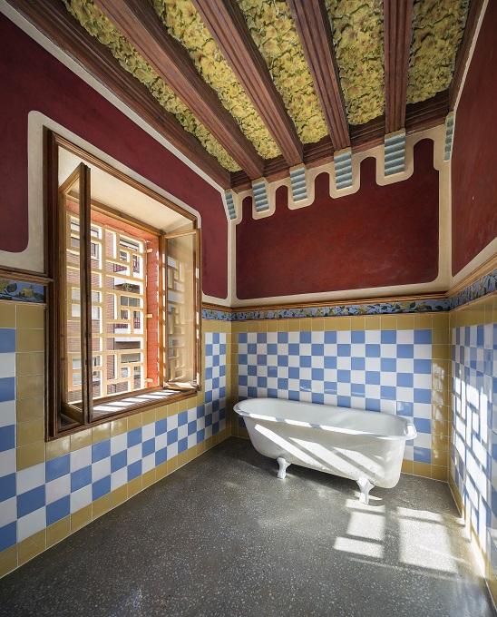 Casa Vicens Gaudí en Barcelona By Pol Viladoms (18)