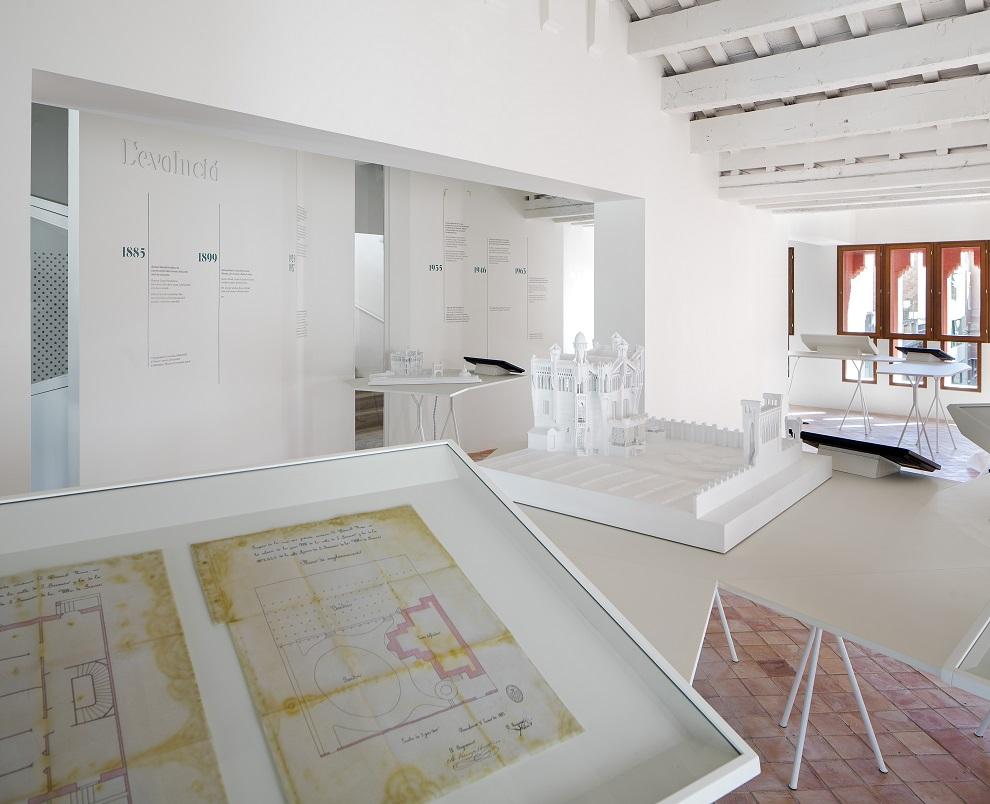 Exposicion en Casa Vicens Gaudí en Barcelona By Pol Viladoms (5)