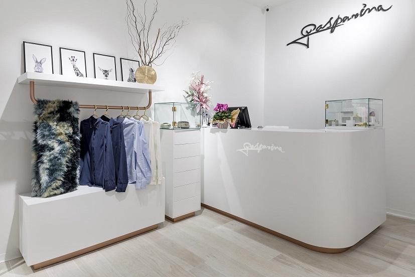 Gasparina Valencia. Estudio Huuun. Miguel Lozano de la Mota Retail exposición tienda de moda 2