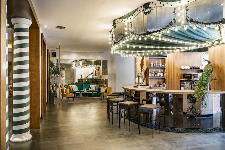 HOTEL VINCCI SOHO MADRID. ALEJANDRA POMBO INTERIORISTA. foto David Montero barra de bar