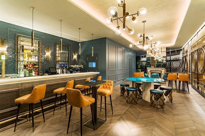 Hotel ROOM MATE GORKA en San Sebastián. Barra Bar