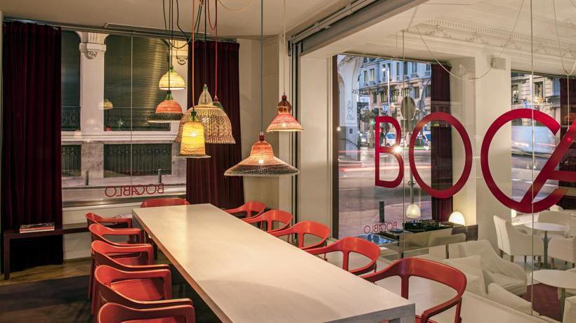 hoteles-literarios-iberostar-las-letras-gran-via-madrid-2-ruta-librera-mientrasleo