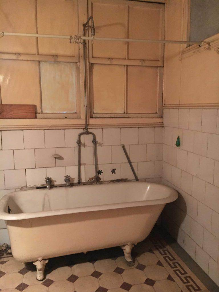 bañera antigua UN BAÑO DONDE QUIERAS