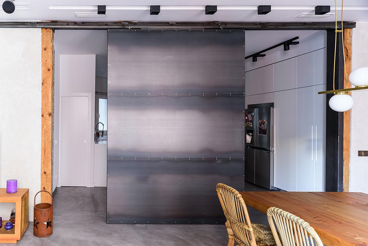 Panel corredero met lico reforma en madrid q arquitectura casa - Peinture tas de laque ...