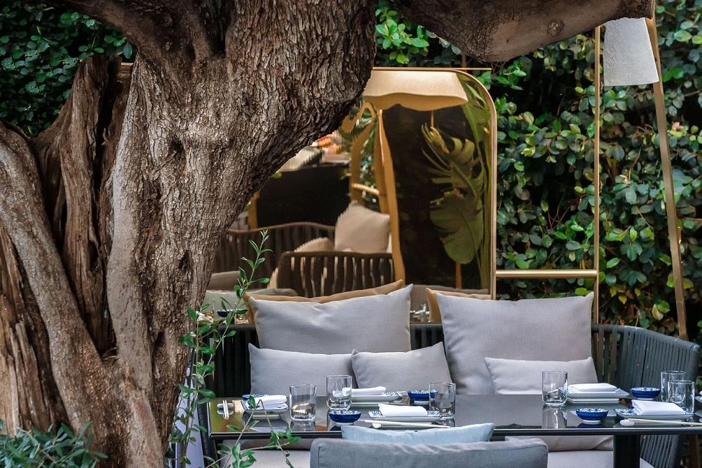 Restaurante Zela en Ibiza Interiorismo Studio Gronda terraza ©Jose Salto