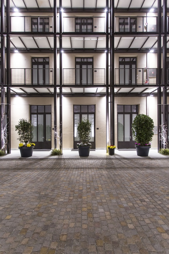 Savona 18 Suites Milano. Project Aldo Cibic . photo Adelaide Saviano Facciata.
