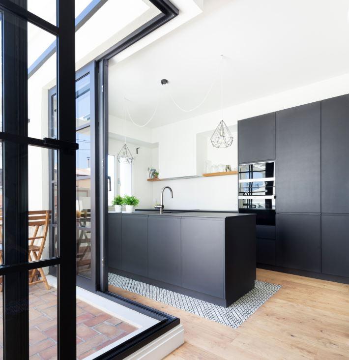 Renovar cocina sin obras . cocinas negras area arquitectura ruzafa