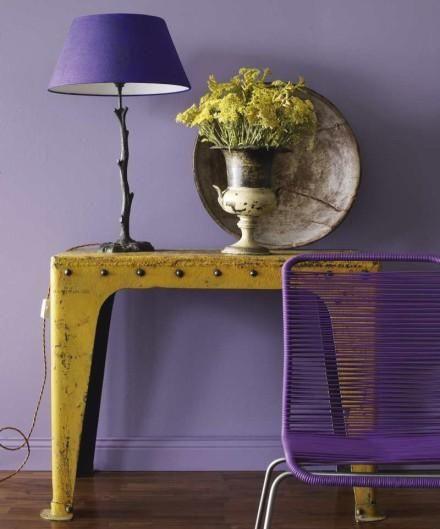 El color en la decoración . violeta