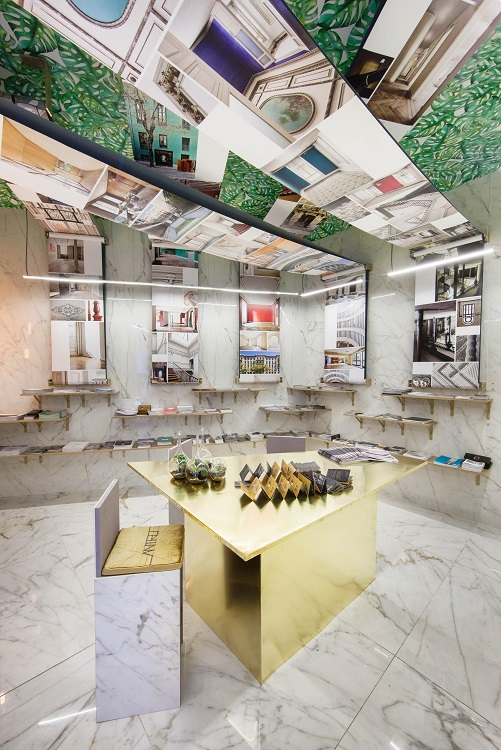 casa decor 2018 la rotativa de antro design. panel de expositores. Gabriel Bautista
