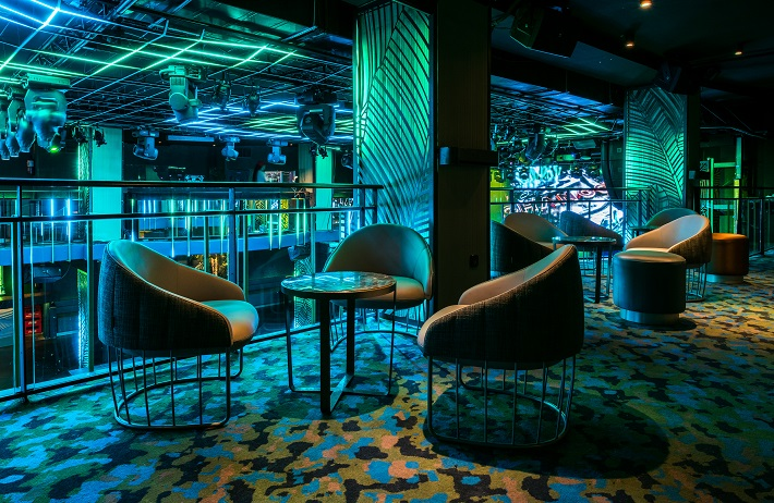 Sala Changó. chango club discoteca Madrid. Diseño Cuarto Interior. asientos tonella sancal. iluminación led Tao Necsum