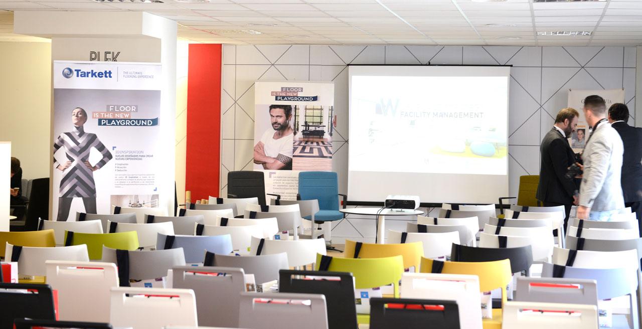 Workplace strategy grupo v a sede actiu en barcelona for Oficinas inditex barcelona
