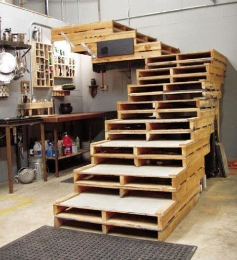 escalera_pallets_madera (1)