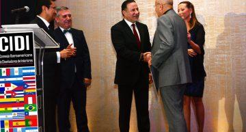 Mueble de vanguardia español se presenta en México con ANIEME