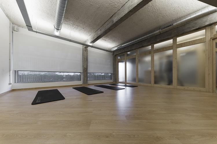 nan arquitectos centro de yoga y pilates SANASANA sala de colchonetas