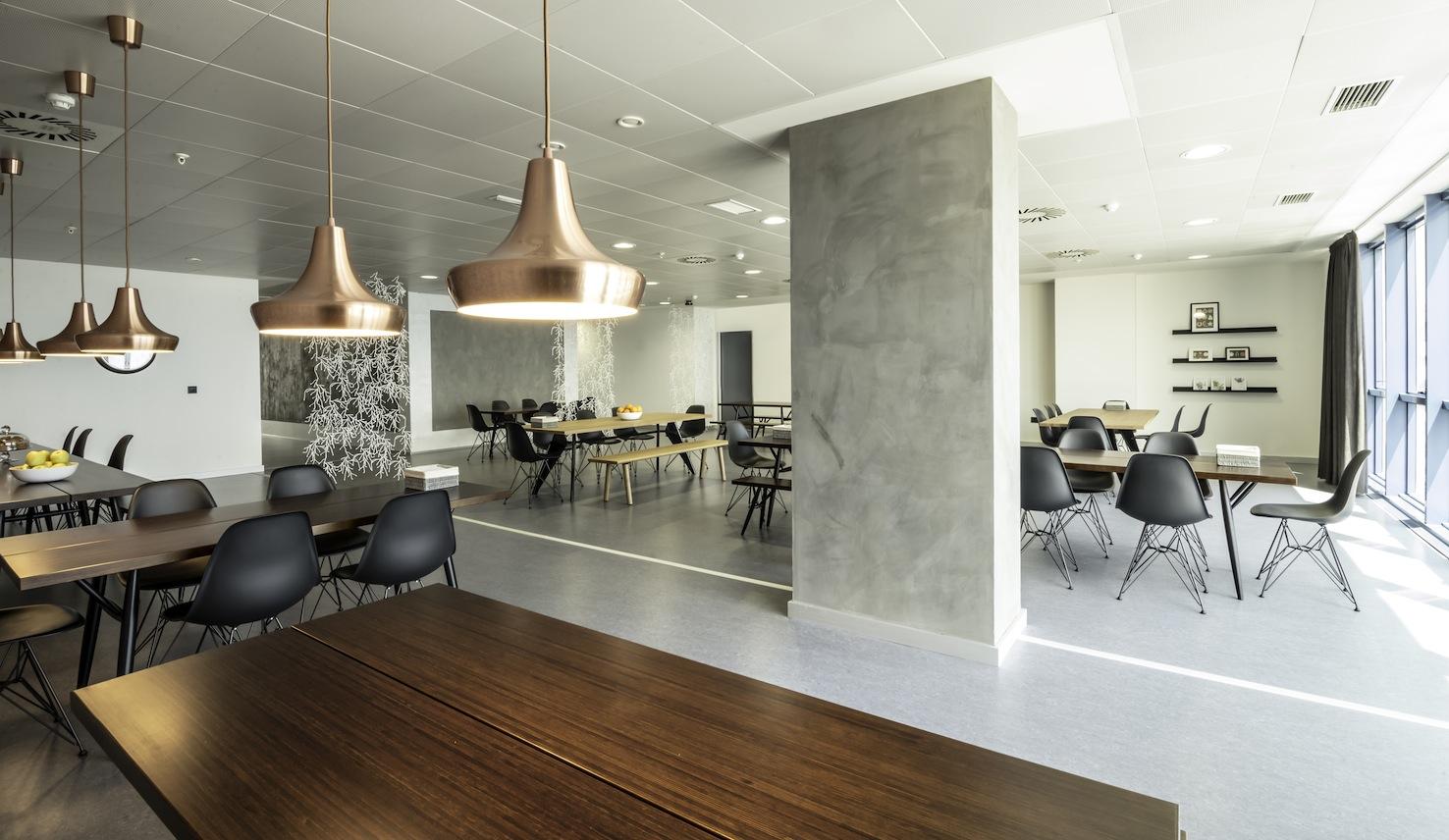 Oficinas grupo asv en alicante 10decoracion for Comedor para oficina