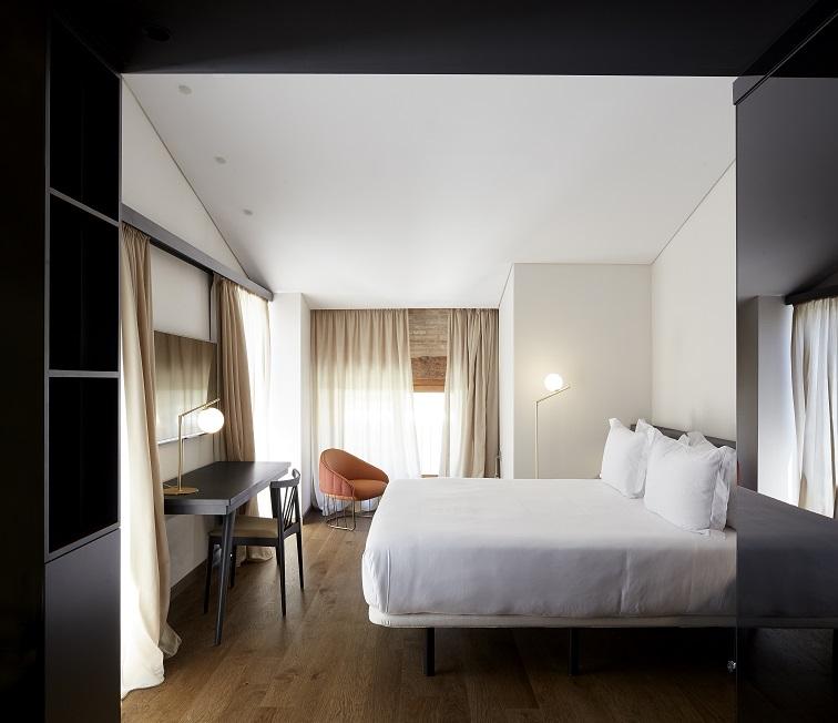 one-shot-hotels-nonna-design-d-zarzoso- One Shot Mercat 09 Valencia. Interiorismo de Nonna Designprojects. Detalle habitaciones hotel