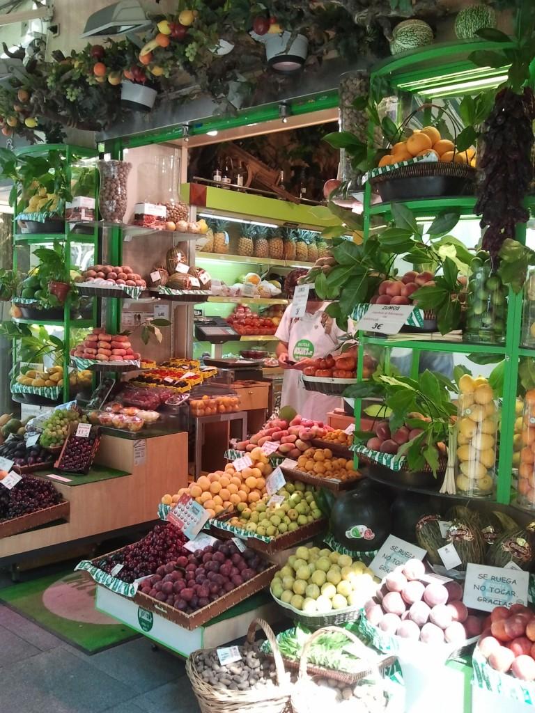 decoracion de puesto de fruta
