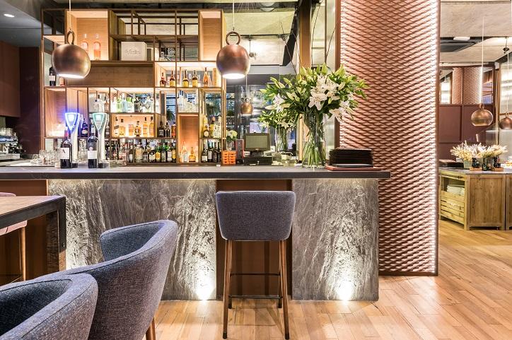 Rocacho restaurante asador en madrid por cuarto interior for Curso decoracion de interiores madrid
