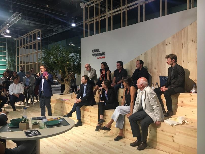 reunion premios nacionales de diseño en actiu cool working con juan mellen red aede