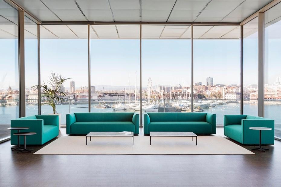 salone del mobile di milano 2018 andreu-world-grand-raglan-piergiorgio-cazzaniga