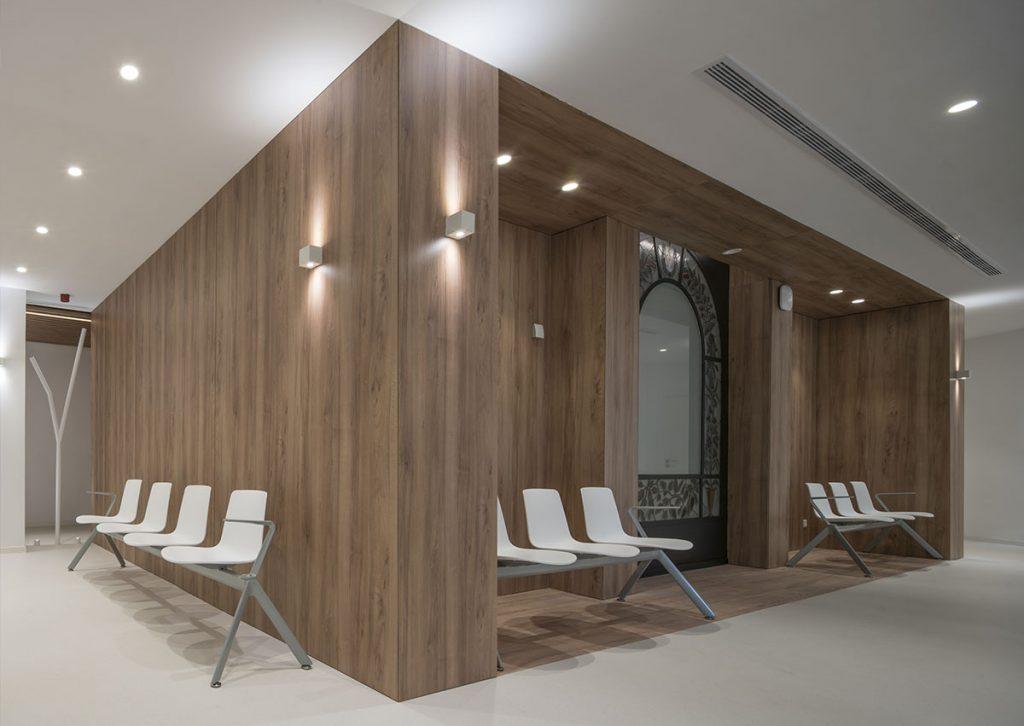 susanna cots . slow design, diseño clinica sant josep manresa. fundacion althaia . Vidrieras enmarcadas