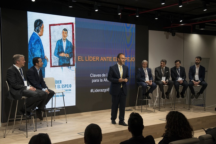 the workplace 3g office Roche Madrid panel de ceos. El lider ante el espejo. Transformacion digital corporativa.