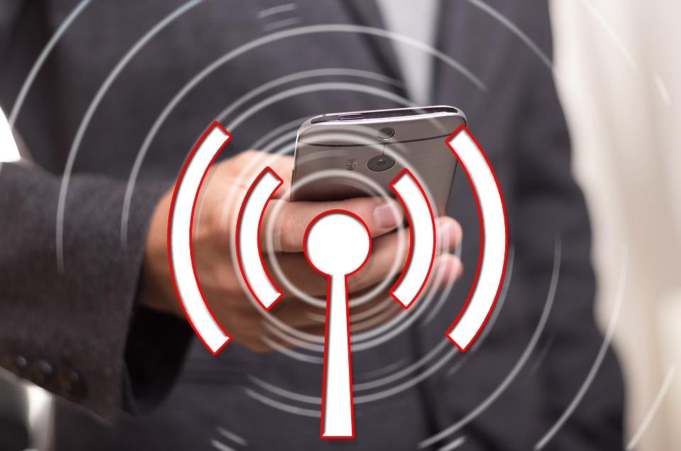 DESAYUNO wifi social flame analytics