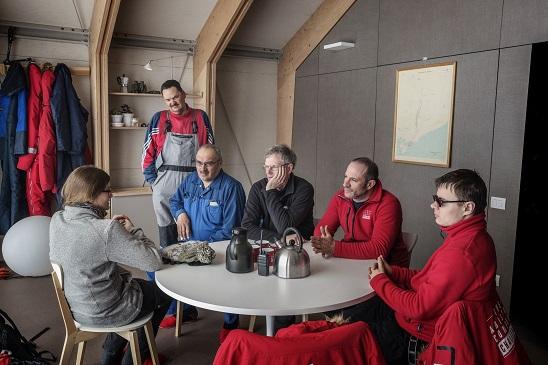 El equipo de investigación y los instaladores de Ariston en la Ariston Comfort Zone