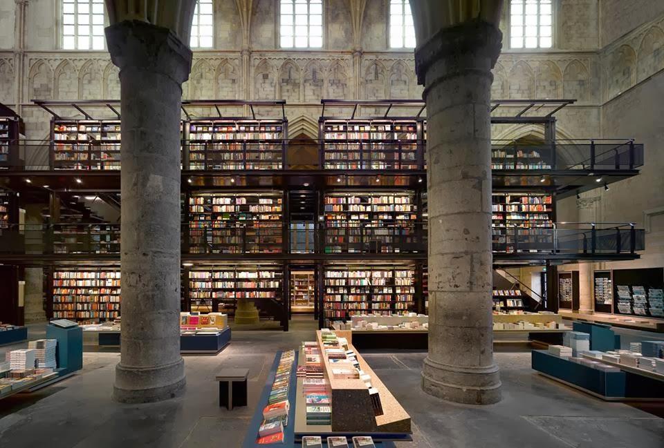 Libreria Boekhandel en Maastricht. Libreria en una iglesia Las mejores librerias con MientrasLeo