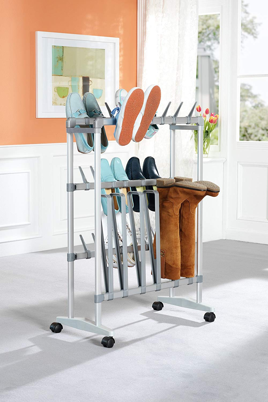 Mueble para zapatos y botas. Organización de armarios. Zapatero