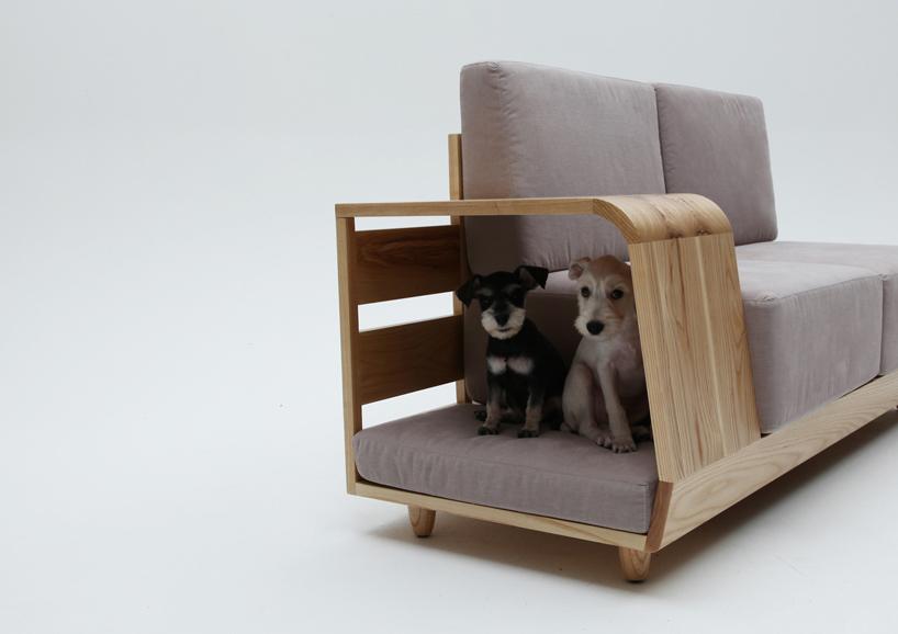 casa de mascotas. sillón para perros . The Dog house . Casa con mascotas