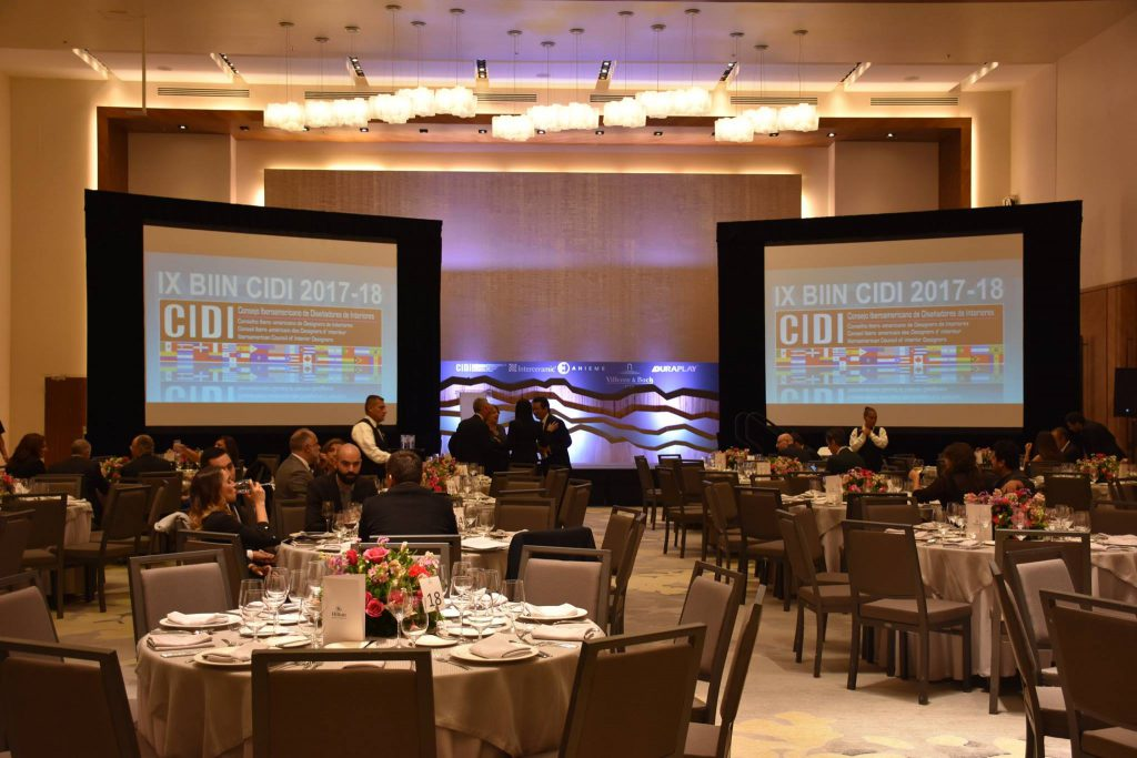 Hotel Hilton Santa Fe Mexico. Entrega de premios IX Bienaliberoamericana Cidi de interiorismo
