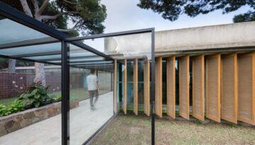 Diálogo entre fotografía y arquitectura por Clara Larrea