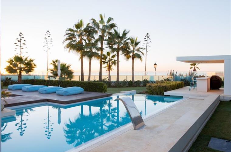 2Alquiler de villa en Pollensa. House for rental Marbella. Casa de Lujo en alquiler. Luxury house