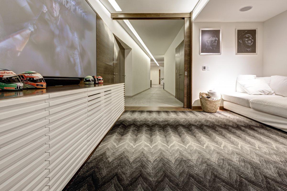 lassala orozco arquitectos pasillo moqueta diseño