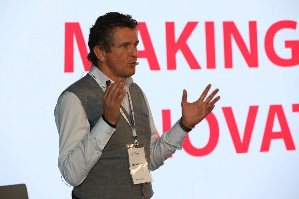 Francisco Vázquez medem . Ricoh acuerdo 3G smart group. Transformación digital espacios de trabajo