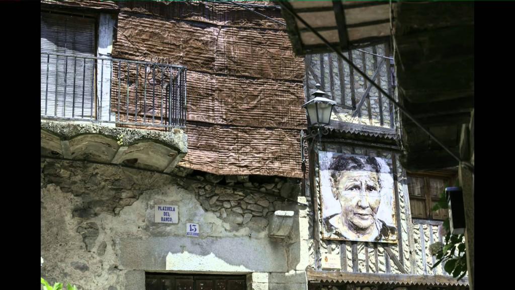 Intervención de Florencio Maíllo Cascón, el arte como motor de regeneración del Pueblo de mogarraz, foto: Perrón