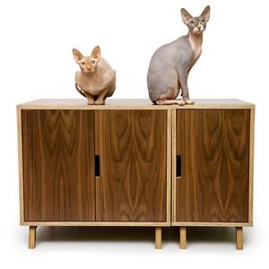 casa de mascotas. mueble para gatos de diseño . Casa con mascotas ModesnistCat. Diseño de Crystal Gregory