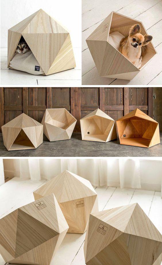 casa de mascotas. diseño facetado en madera. Natural Slow . Casa con mascotas