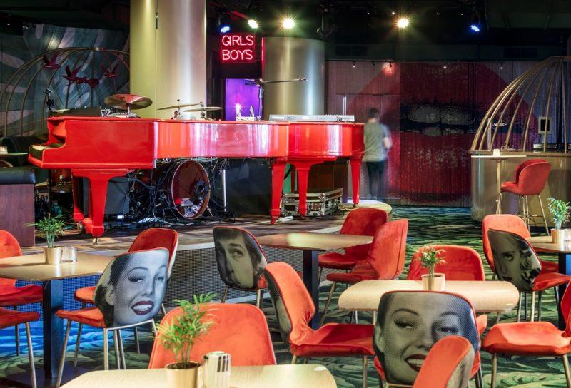 CRAZY PIANOS BAR La Haya Holanda. Diseño de El Equipo Creativo