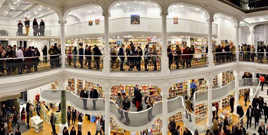 Librería Carturesti-Carusel- Rumanía Las mejores librerias con MientrasLeo
