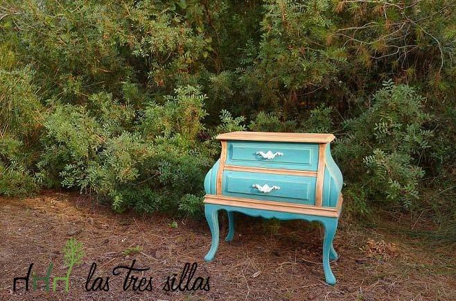 Con-Otro-Rollo-Wedding-Planner-Las-Tres-Sillas-Muebles-Reciclados-mesita-2