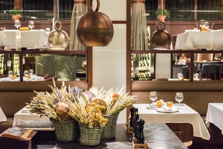 Restaurante Asador Rocacho Madrid. Padre Damian 38, Interiorismo de Estudio CUARTO INTERIOR
